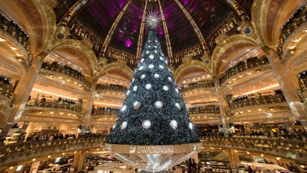 Sapin de Noël 2012 par Swarovski aux Galeries Lafayette Haussmann